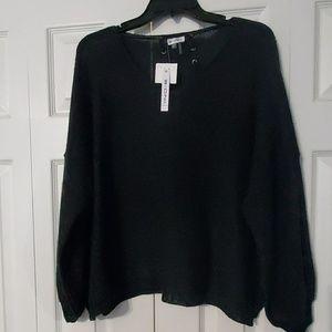 Sioni Black Sweater. Sz. L